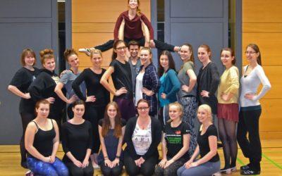 Showdance-Formation des TSC mit neuer Choreo